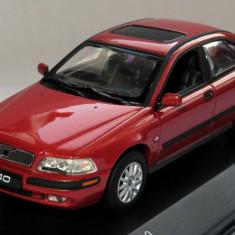 Minichamps Volvo S40 sedan ( metallic red ) 2000 1:43