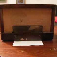 PVM - Radio vechi lampi ELECTROMAGNETICA 541 / nefunctional / anii '60, Analog