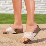 Papuci dama cu platforma bej Sindelia