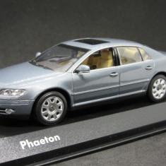 Macheta Volkswagen Phaeton Minichamps 1:43