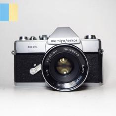 Mamiya Sekor 500 DTL cu obiectiv Mamiya/Sekor 50mm f/2 montura M42