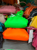 Geanta dama de piele,  Italia, neon portocaliu sau verde, Vera Pelle ala Botega