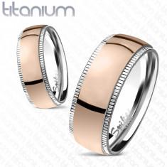 Inel roz din titan, cu marginile cu striaţii - Marime inel: 49