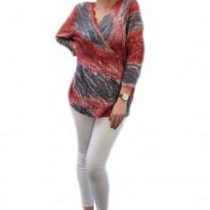 Bluza de zi, din dantela superba, combinatie de bleumarin cu rosu