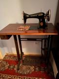 Masina de cusut Singer cu Manual de instructiuni. An fabricatie 1925.