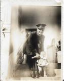 A587 Fotografie ofiter roman decorat 1934 poza veche