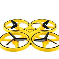 Drona Firefly iUni ZF04 , Anti Coliziune, control din mana, Rotire 360 grade, Leduri incorporate