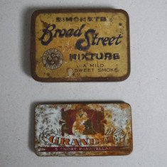2 cutii metal de tigari/tutun
