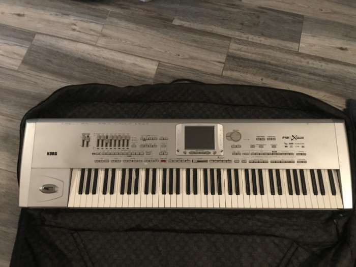 Vand orga(Korg pa1x pro) 76 key.