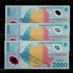 LOT 3 BANCNOTE 2000 2 000 LEI 1999 ECLIPSA NECIRCULATE, SERII CONSECUTIVE