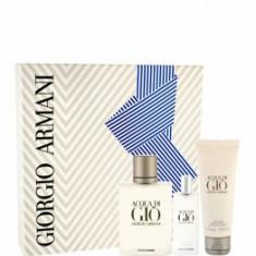Set cadou Acqua di Gio Pour Homme (Apa de toaleta 100 ml + Apa de toaleta 15 ml + Gel de dus 75 ml), pentru barbati