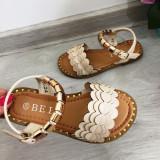 Cumpara ieftin Sandale crem elegante cu aplicatii aurii pt fetite 24 25 26 27 30 31 32, Fete