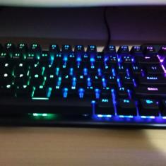 Kit Gaming RGB XTrike Me Mouse si Tastatura Mecanica