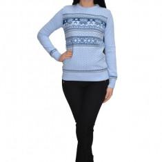 Bluza tricotat model cu fulgi de nea,nuanta albastru deschis