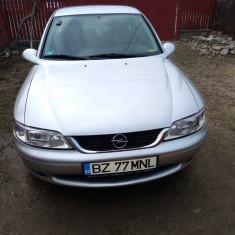 Opel Vectra b 1,6 16valve 2001, Benzina, Berlina
