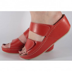 Saboti/Papuci MUBB rosii din piele naturala (cod 6680.1)