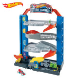 Cumpara ieftin Hot Wheels Garajul Cu Cascadorii, Mattel