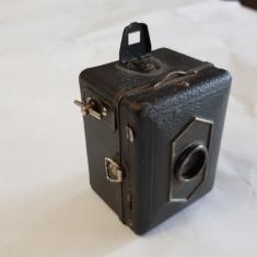 APARAT DE FOTOGRAFIAT MIC -KODAK-BABY BOX - anii 1930