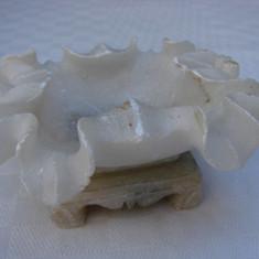 Scumiera din marmura - perioada interbelica