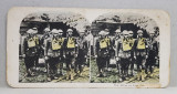 SOLDATI AMERICANI CU MASCA DE GAZE PE FIGURA , FOTOGRAFIE STEREOSCOPICA , POLICROMA, PE CARTON , PRIMUL RAZBOI MONDIAL