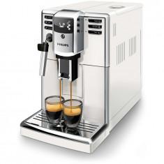 Espressor complet automat Philips EP5311/10, 1.8 l, 3 bauturi, AquaClean, rasnita, sistem spumare lapte, Gusto Perfetto, alb