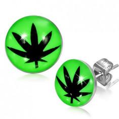Cercei cu șurub din oțel, smalț, frunză neagră de marijuana, fond verde