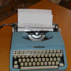 Masina de scris portabila Brillant 100