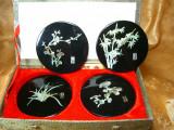 Set protectie masa, coasters Laque de Chine, insertie abalone, vintage