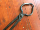Scule / unelte vechi - Cleste de fierarie model interesant realizat manual !