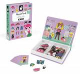 Carte magnetica - Hainute pentru fetite, 46 piese