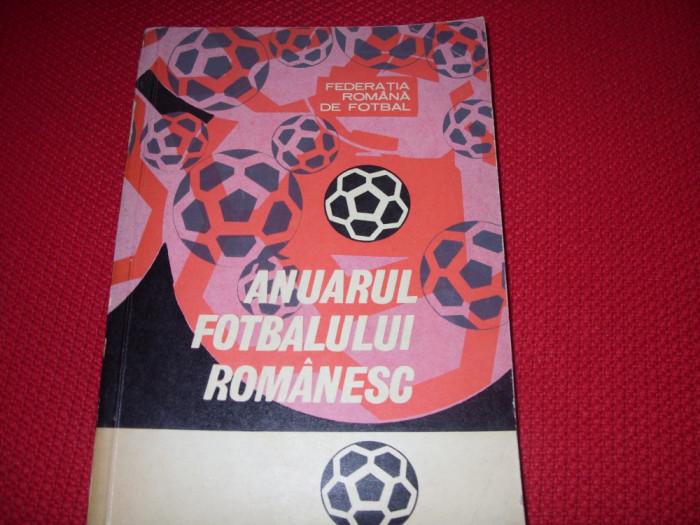 ANUARUL  FOTBALULUI  ROMANESC  ( 1967 - 1969 )  -  foarte rara, 429 pagini  *