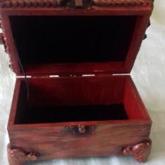 Casetă pentru bijuterii 15,5x10,5 cm