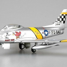 Macheta Easy Model, F-86F30, 39FS/51 FW, Flown by Chrles McSain. Kroea, 1953 1:72