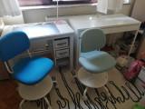 Doua birouri pentru copii, 3-8 ani, Ikea, cu scaune ajustabile, impecabile
