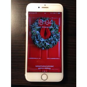 Vand iPhone 7 gold 32 gb full box + folie de sticla si 15 huse incluse in pret