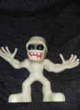 JUCARIE vintage Figurina cauciuc si plastic MONSTRU Genesis-cu sonor,T.GRATUIT