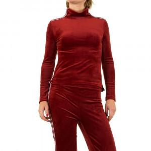 Costum sport sic, de culoare rosie, cu guler pe gat