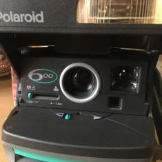 Polaroid 600 camera instant