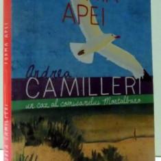 FORMA APEI de ANDREA CAMILLERI , 2014