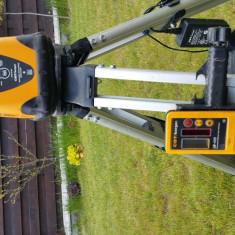 Nivela laser pentru lucrari la retele de canalizare.