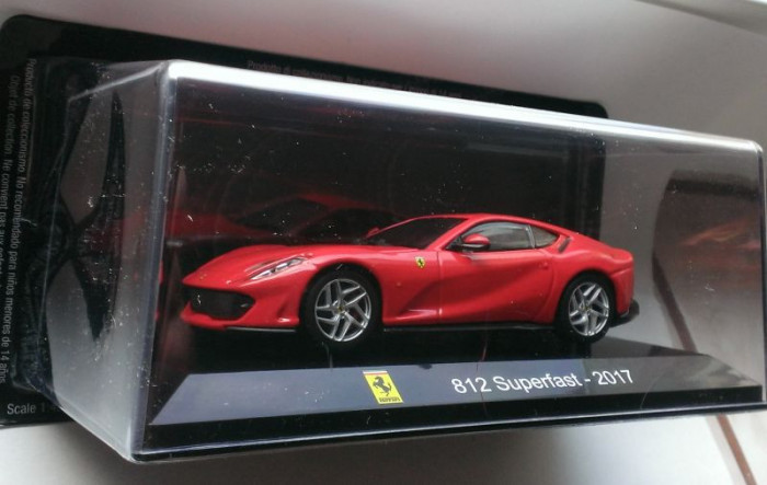 Macheta Ferrari 812 Superfast 2017 - Altaya 1/43