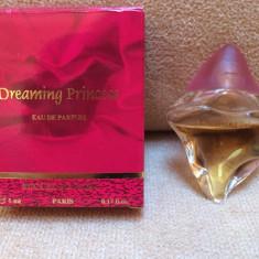 Mini Parfum Dreaming Princess by Succes de Paris (5 ml), Apa de parfum, Mai putin de 10 ml