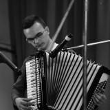 Vând instrument marca HOHNER, seria VERDI II