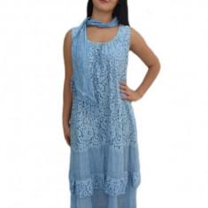 Rochie confortabila cu dantela in fata, model casual, albastra