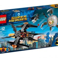 Batman: Doborarea lui Brother Eye (76111), LEGO