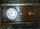 Ceas de perete VECHI cu pendula,pendula de perete,carcasa lemn,MECANIC.T.GRATUIT
