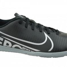 Pantofi fotbal sala Nike Mercurial Vapor 13 Club IC AT7997-001 pentru Barbati
