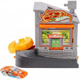 Set circuit cu masinuta Hot Wheels City, Downtown Pizza Toss (GFY68)