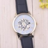Ceas unisex cu curea din piele
