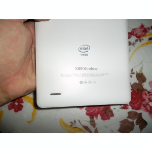 Tableta Windows 10 si Android noua